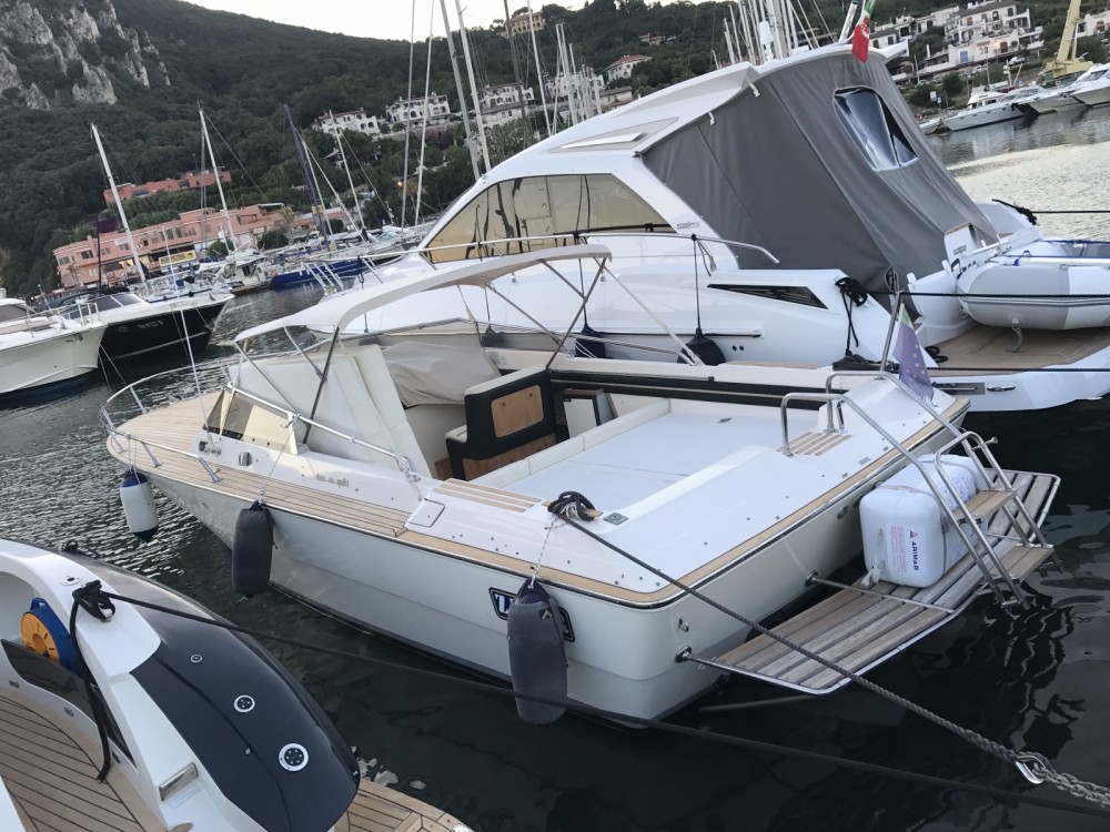 Location yacht à San Felice Circeo - Ilver 30 sport sur SamBoat