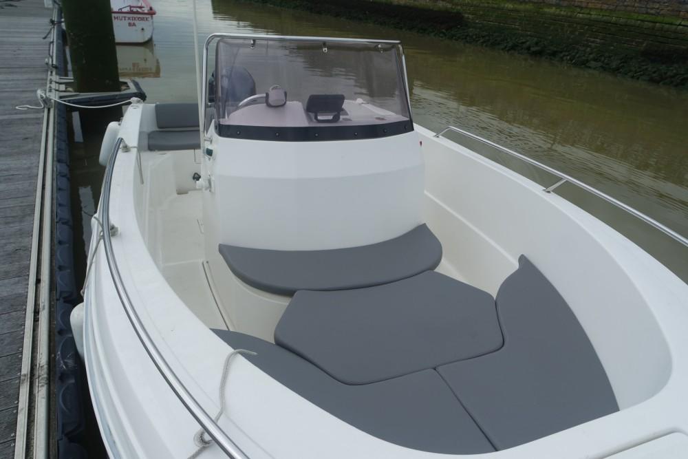 Louer Bateau à moteur avec ou sans skipper Pacific Craft à Anglet