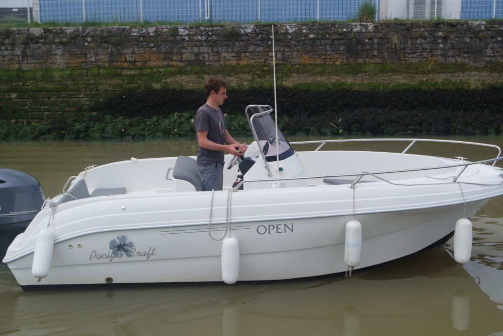 Location bateau Pacific Craft Pacific Craft 545 Open à Anglet sur Samboat