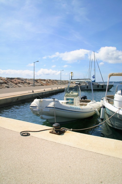 Boat rental Hyères cheap 590 freedom