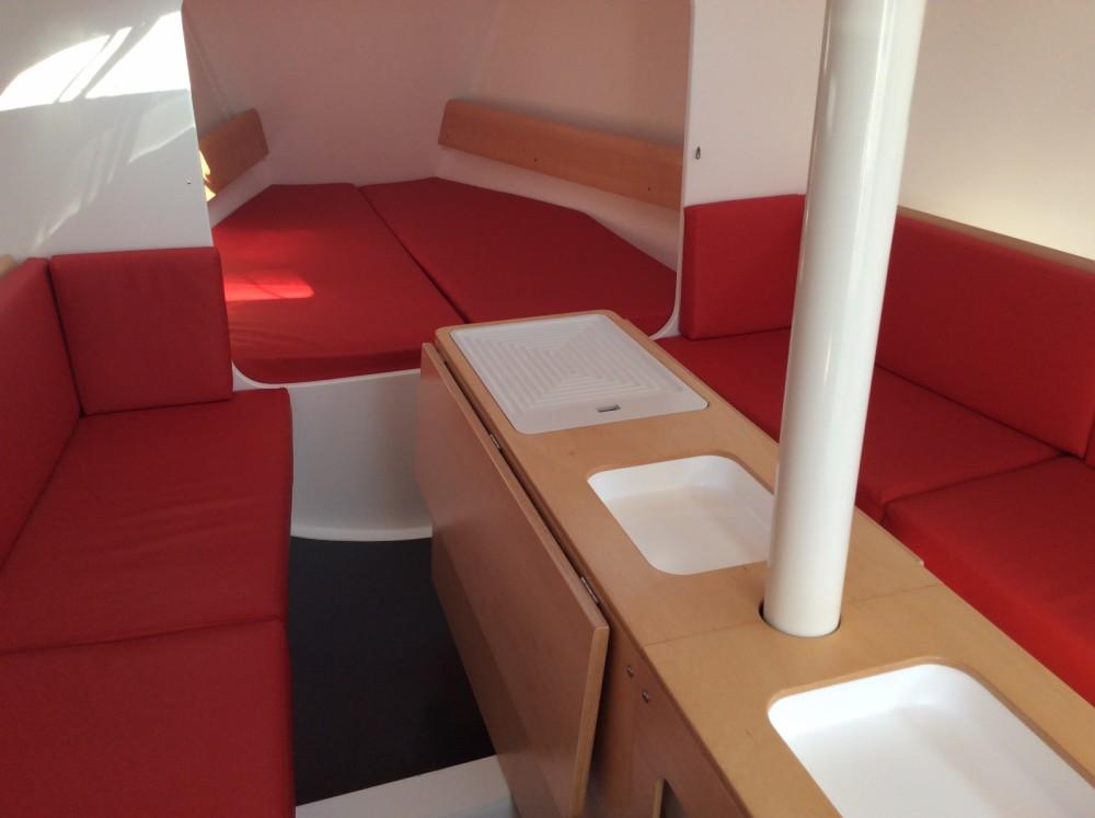 Location yacht à La Trinité-sur-Mer - Pogo Structures Pogo 30 sur SamBoat