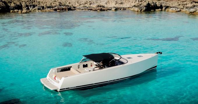 Yacht à louer à Ibiza au meilleur prix