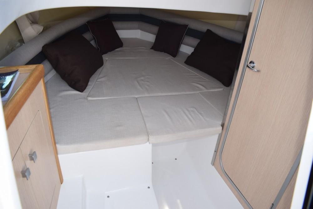 Location yacht à  - Saver Saver 750 sur SamBoat