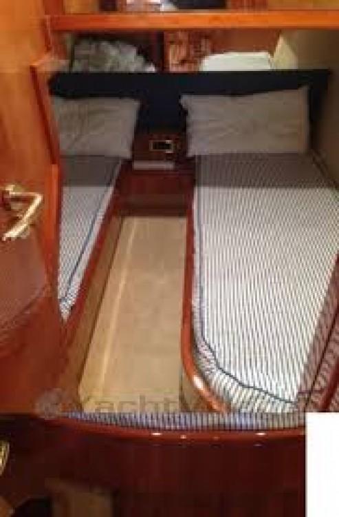 Louer Bateau à moteur avec ou sans skipper Gianetti à Porto Rotondo