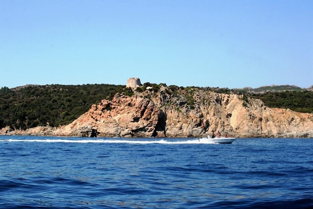 Location Semi-rigide à Sari-Solenzara - Sacs Sacs S 640