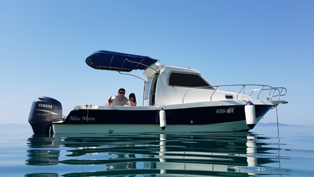 Location bateau Makarska pas cher Patrol 690