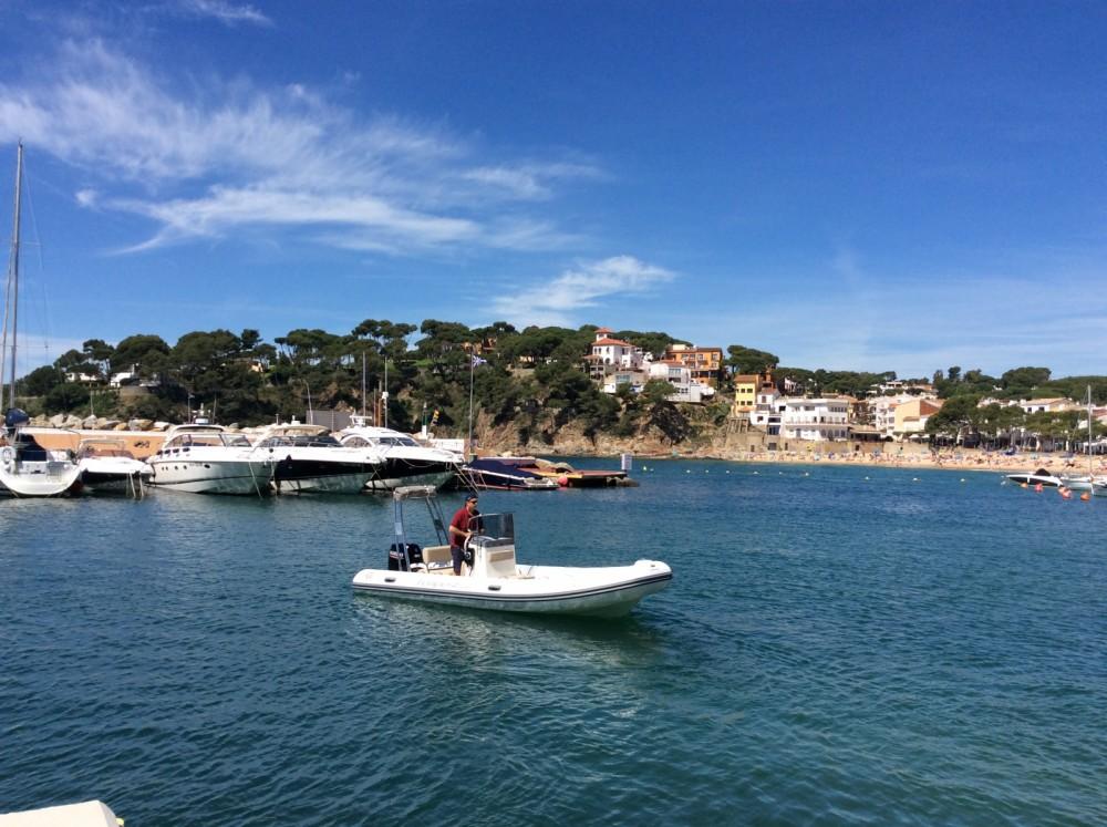 Rubberboot te huur in Palafrugell voor de beste prijs