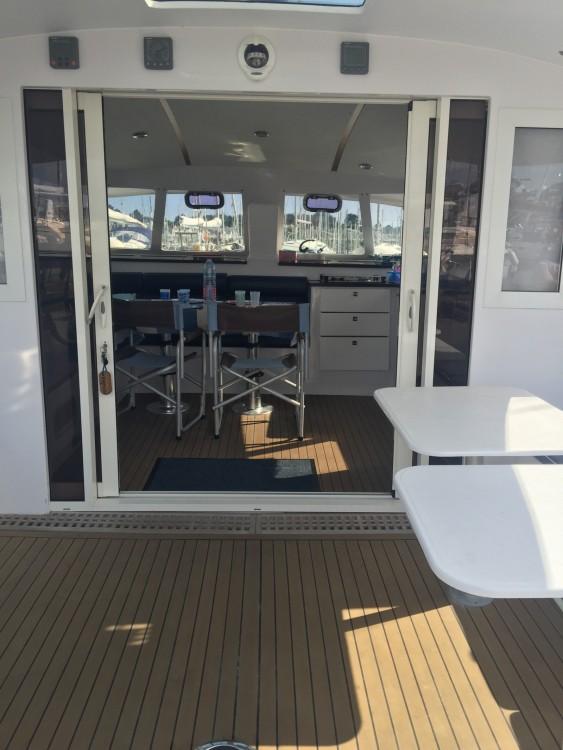 Location Catamaran Indigo Yacht avec permis