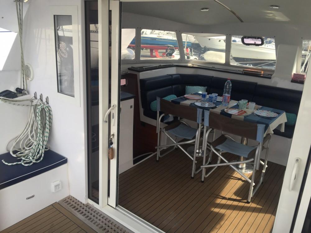 Location bateau Indigo Yacht Aventura 33 à La Trinité-sur-Mer sur Samboat