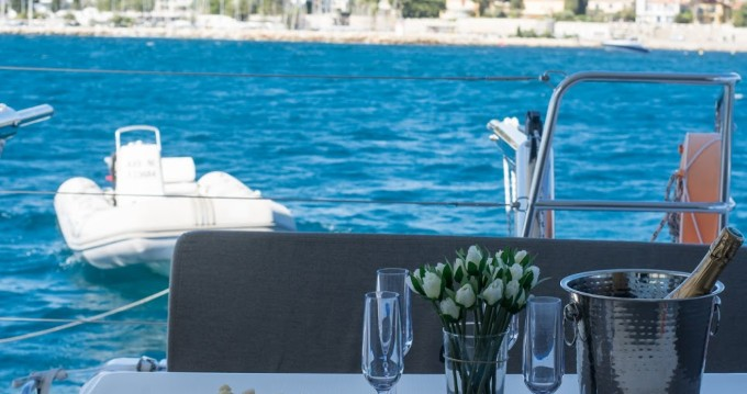 Hire Motor boat with or without skipper Lagoon Cannes