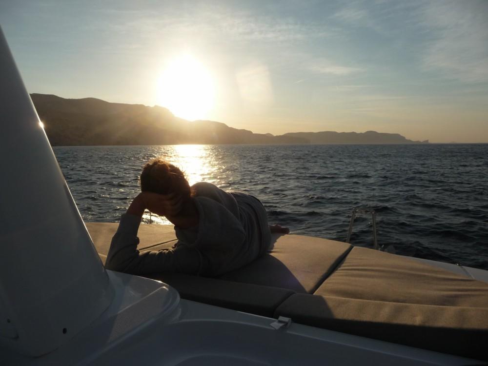 Location Bateau à moteur à Cannes - Lagoon Lagoon 40 Motor Yacht