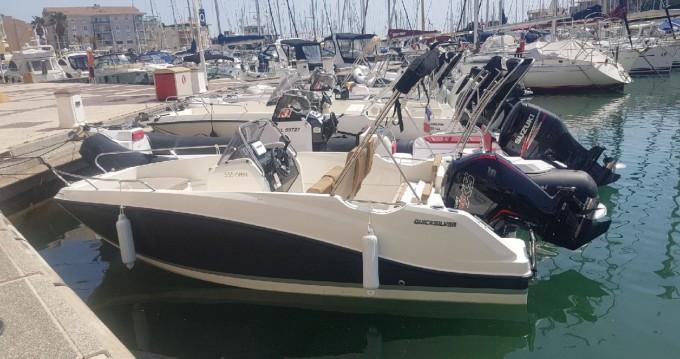 Louez un Quicksilver Quicksilver 555 Open à Sainte-Maxime
