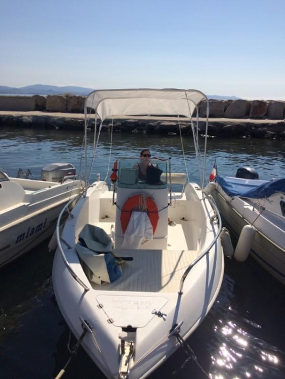 Aquamar 17 entre particuliers et professionnel à Hyères