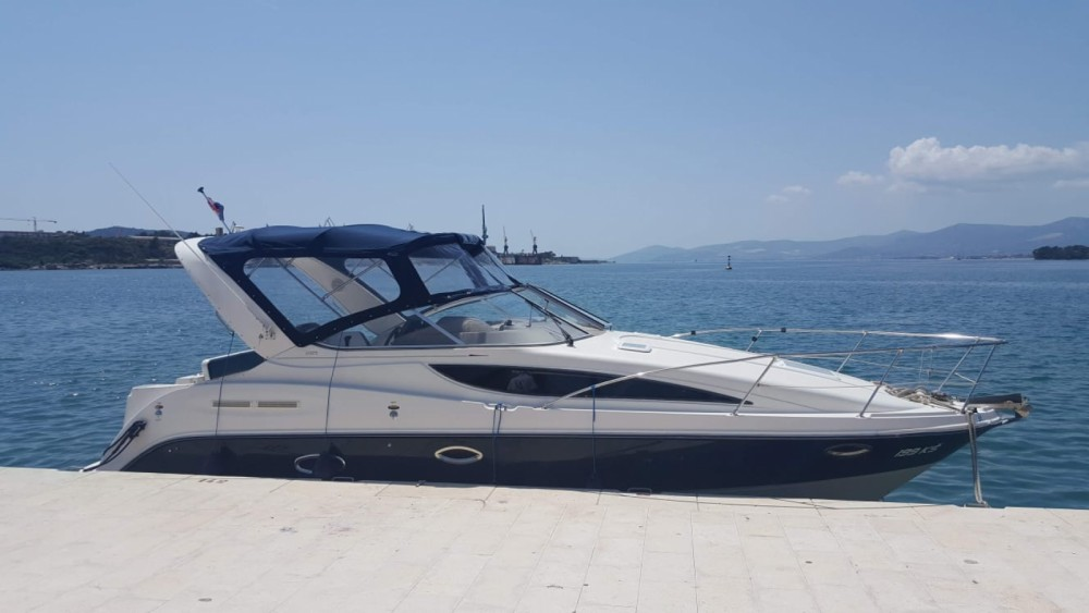 Hire Motor boat with or without skipper Bayliner Split