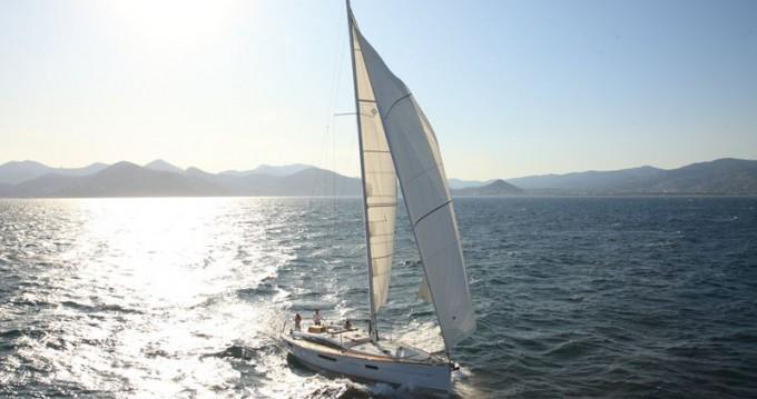 Location yacht à Álimos - Jeanneau Jeanneau 53 sur SamBoat