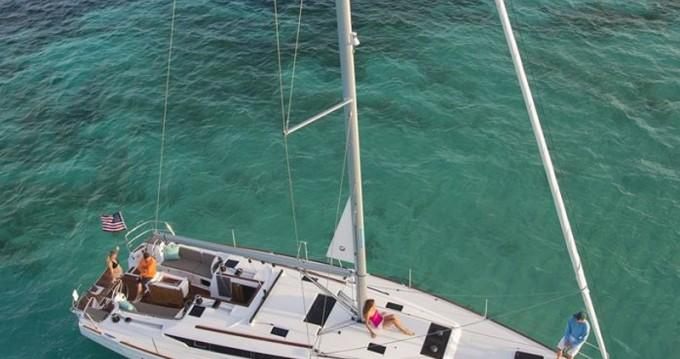 Location bateau Jeanneau Sun Odyssey 479 à Μαρίνα Αλίμου sur Samboat