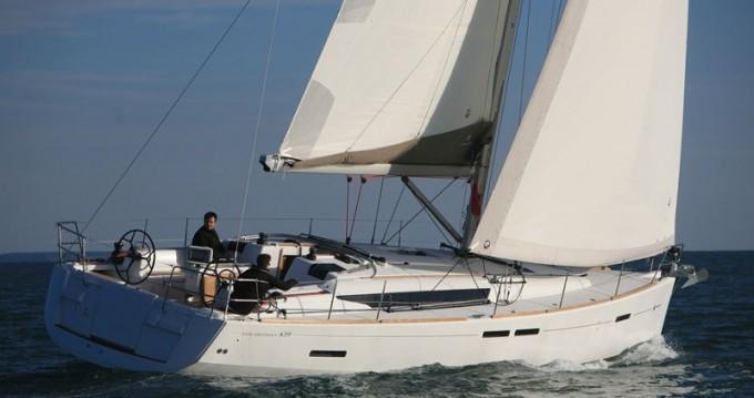 Louer Voilier avec ou sans skipper Jeanneau à Paros