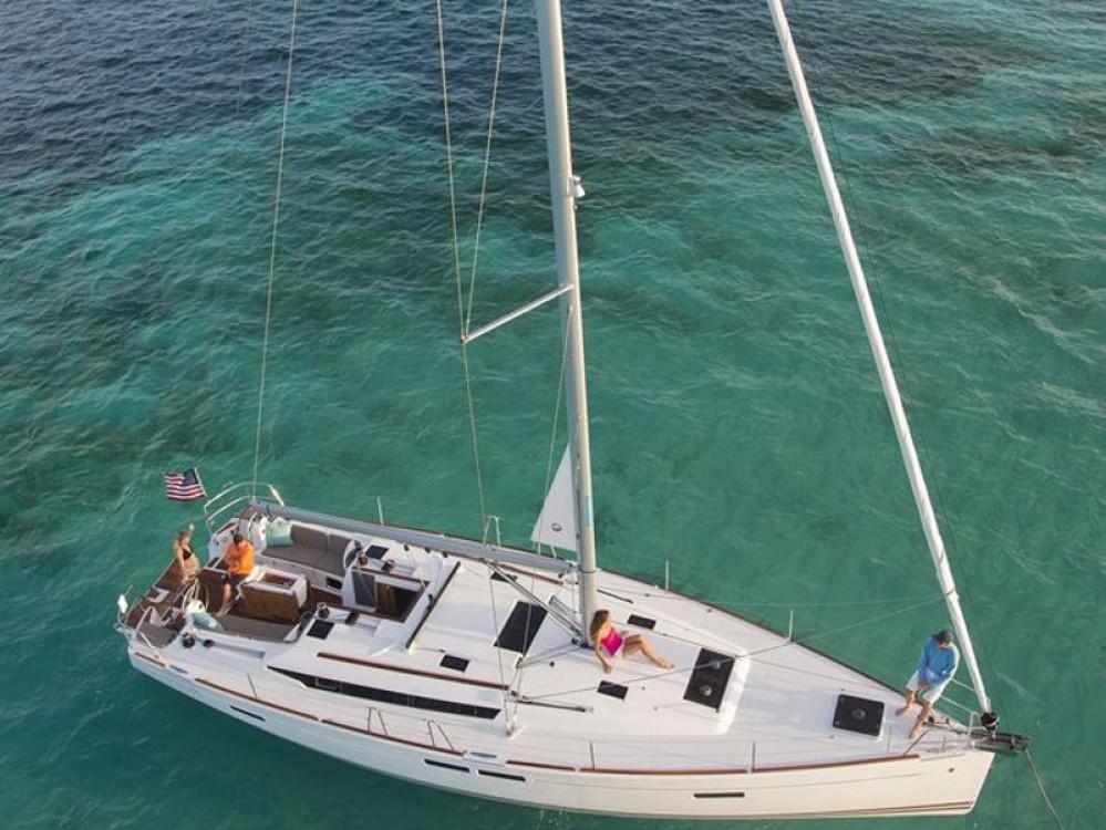 Louez un Jeanneau Sun Odyssey 479 à Marina Gouvia