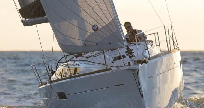 Jeanneau Sun Odyssey 349 entre particuliers et professionnel à Leucade