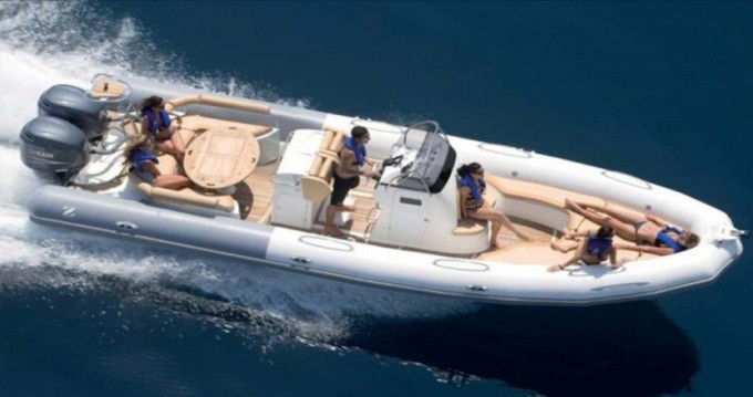 Location yacht à Sitges - Zodiac Medline 850 sur SamBoat