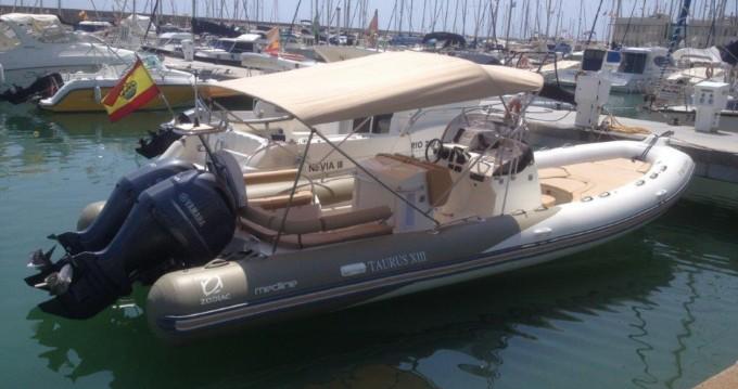 Alquiler de barcos Sitges barato de Medline 850
