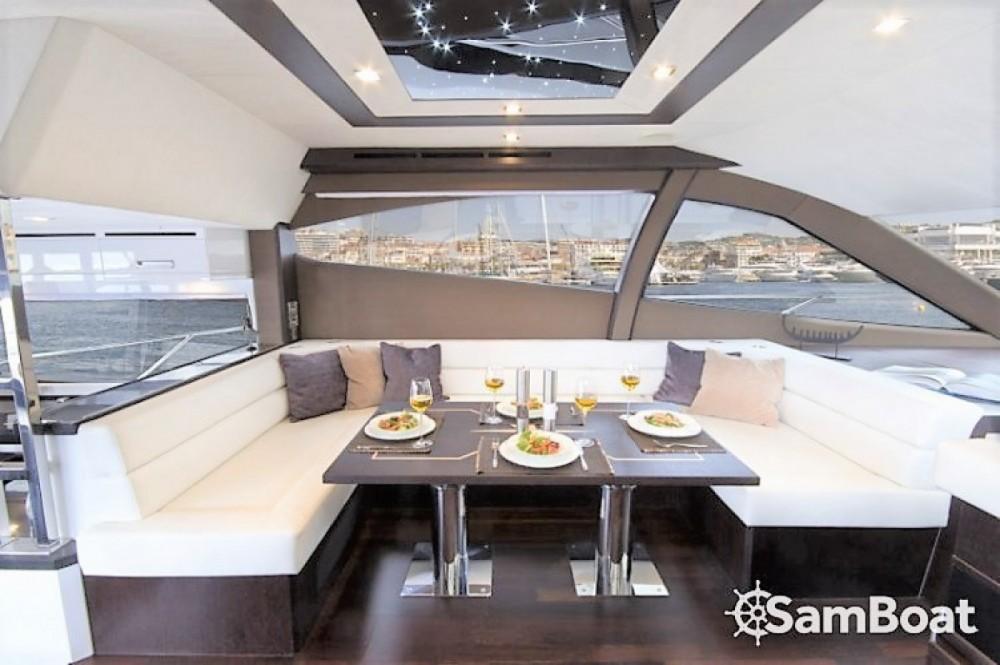 Location bateau Galeon Galeon 550 Fly à Saint-Raphaël sur Samboat