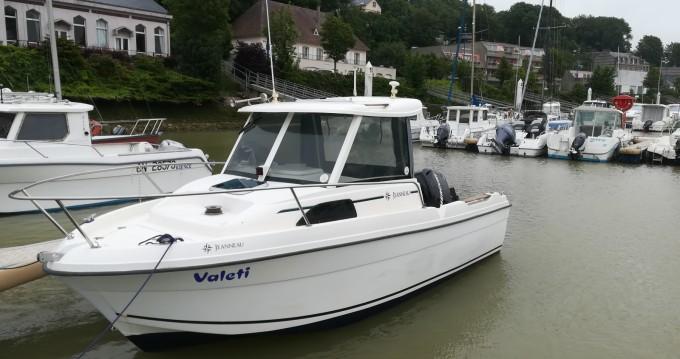 Louer Bateau à moteur avec ou sans skipper Jeanneau à Saint-Valery-en-Caux