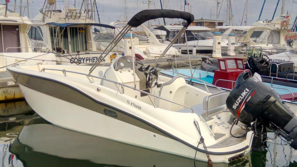 Vermietung Motorboot Clear mit Führerschein