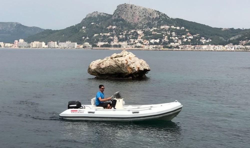 Location bateau Valiant 450-R à Torroella de Montgrí sur Samboat
