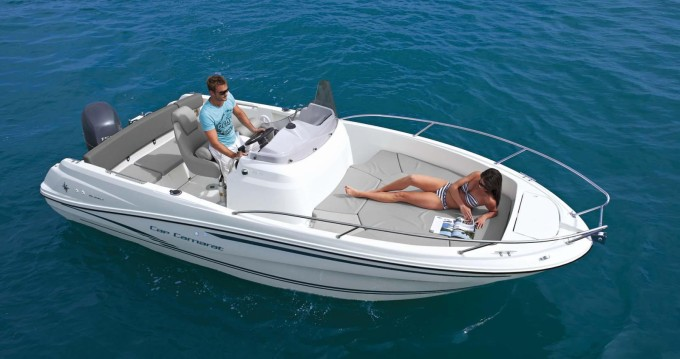 Location bateau Lège-Cap-Ferret pas cher Cap Camarat 650
