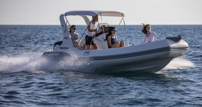 Location bateau Pula pas cher Kardis Fox 570