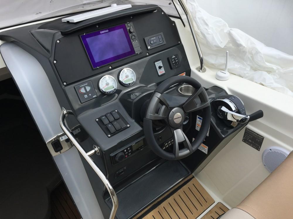 Boat rental Port-la-Forêt cheap Quicksilver 805 Sundeck