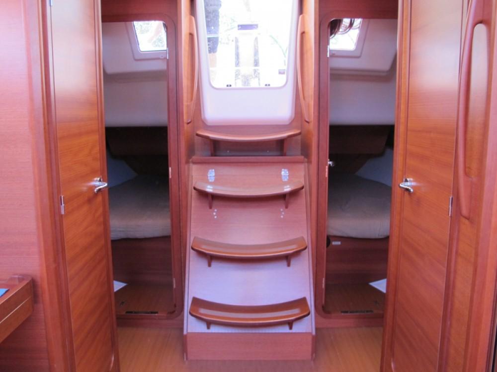 Boat rental Dufour Dufour 382 GL in Caorle on Samboat