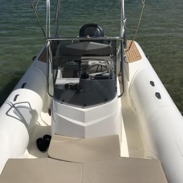 Location bateau Capelli Tempest 700 à Grand Piquey sur Samboat