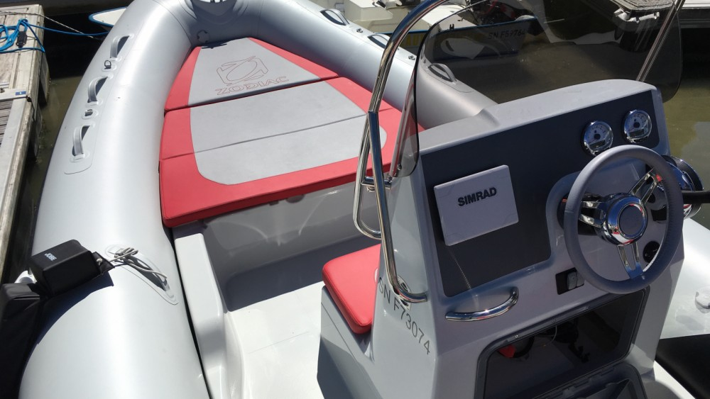 Location bateau Zodiac Medline 660 à La Baule-Escoublac sur Samboat