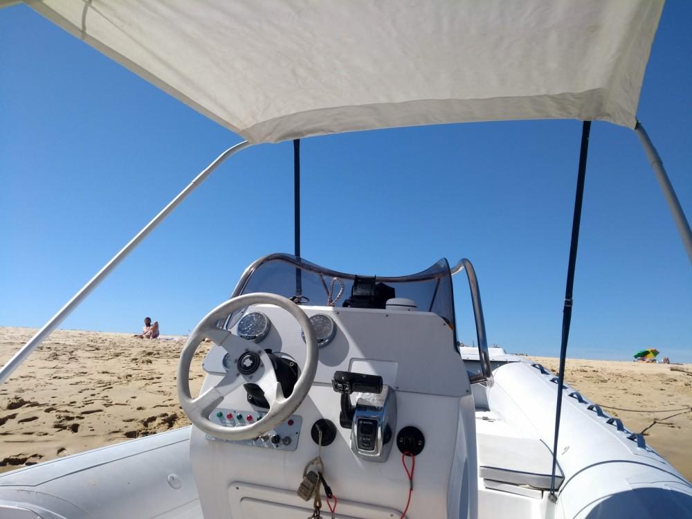 Location bateau Lège-Cap-Ferret pas cher Sacs S 640