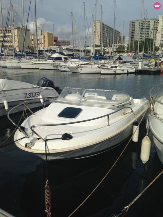 Location bateau Jeanneau Leader 545 à Toulon sur Samboat