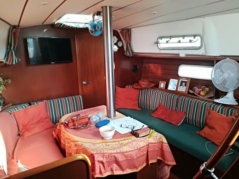 Location bateau Saint-Mandrier-sur-Mer pas cher Oceanis 36 Clipper