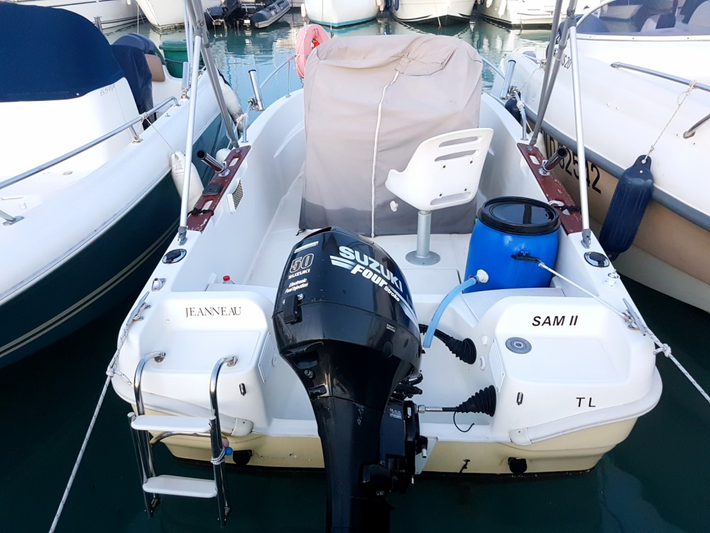 Verhuur Motorboot in Saint-Laurent-du-Var - Jeanneau Cap Camarat 515