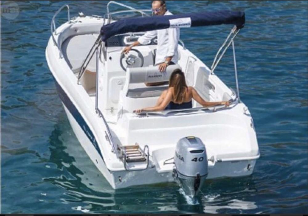 Louez un Allegra Boats All 19 Open à Collioure