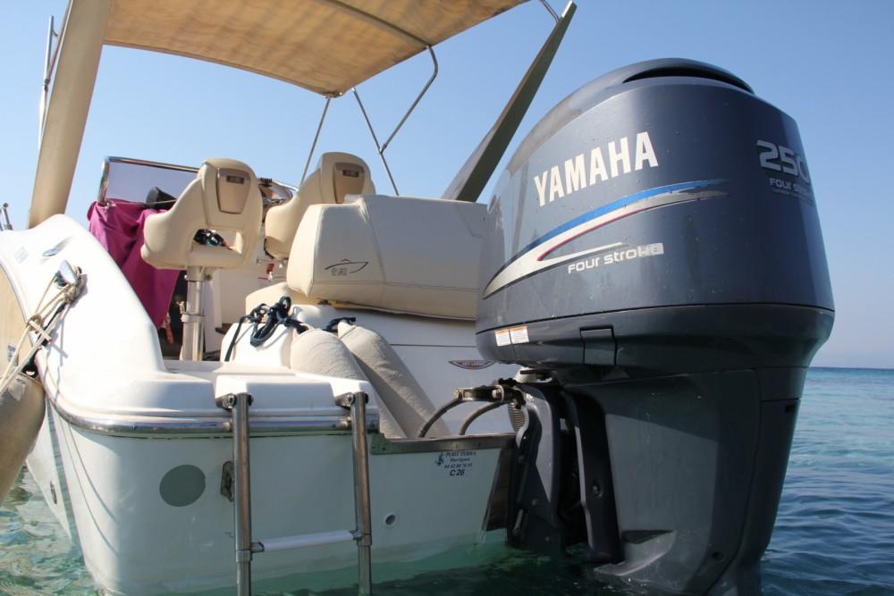 Bateau à moteur à louer à La Seyne-sur-Mer au meilleur prix