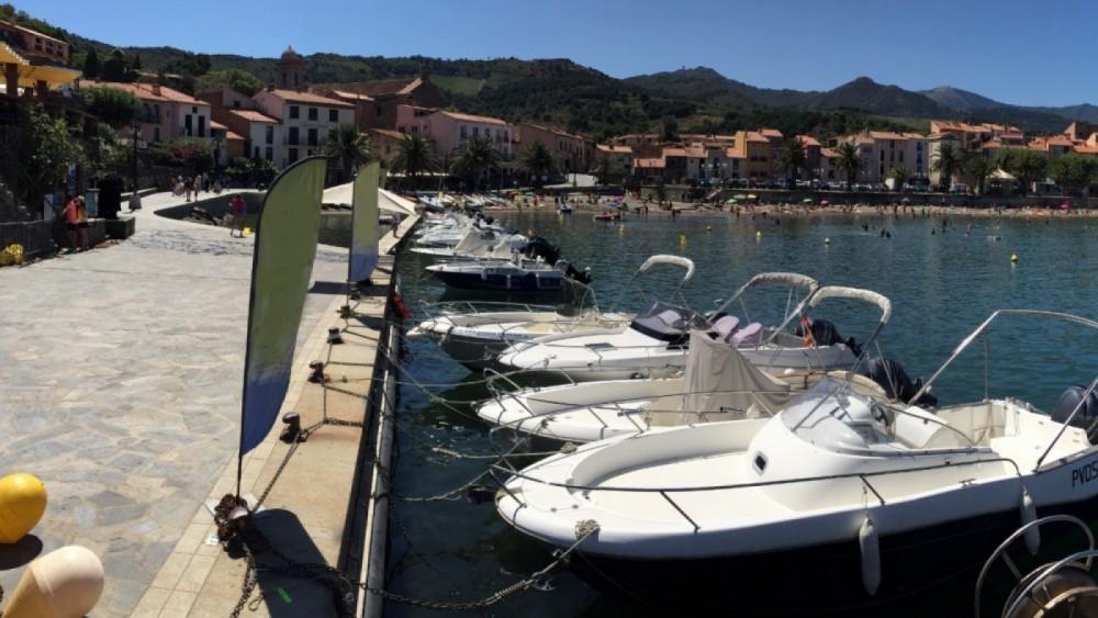 Louer Semi-rigide avec ou sans skipper Zodiac à Collioure
