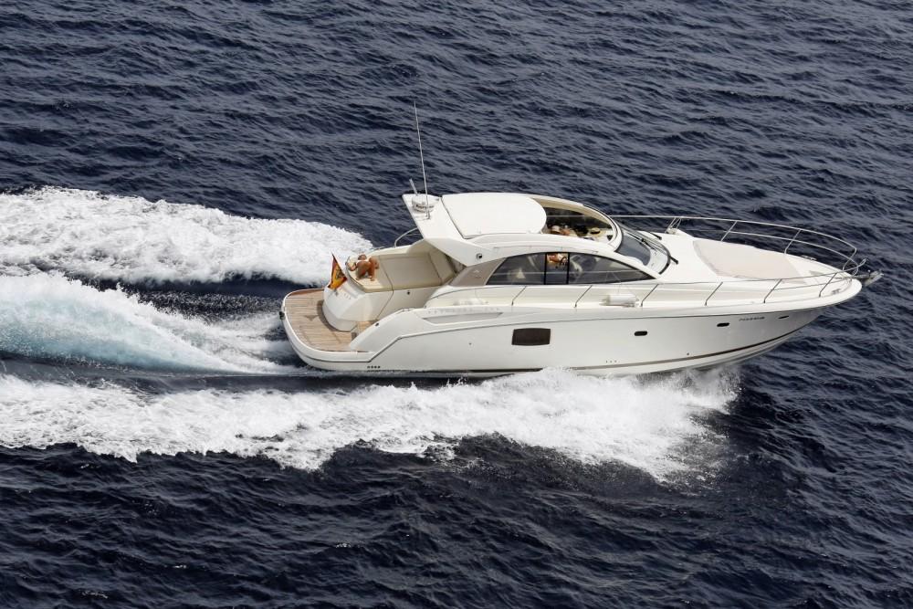 Location bateau Jeanneau Prestige 42 S à Puerto Sotogrande sur Samboat