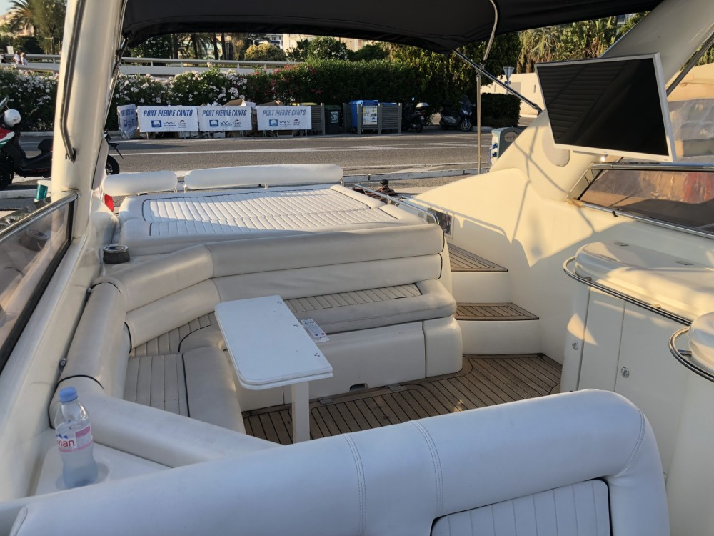 Boat rental Sunseeker Comanche 40 in Cannes on Samboat