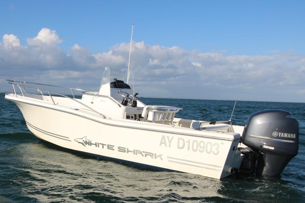 White Shark White Shark 205 entre particuliers et professionnel à Bangor