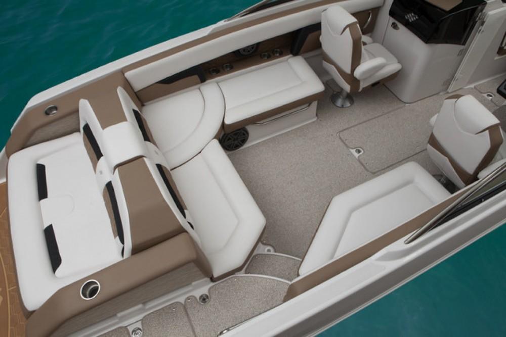 Louer Bateau à moteur avec ou sans skipper Four Winns à Cannes