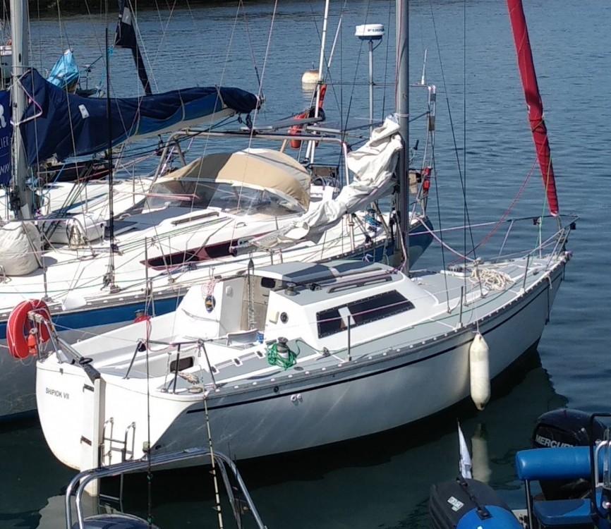 Location bateau Lorient pas cher Fantasia 27