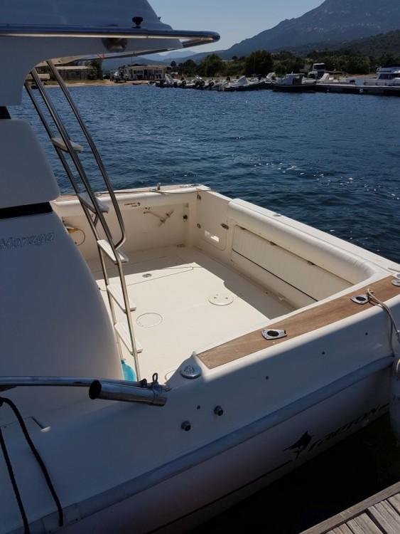 Louer Bateau à moteur avec ou sans skipper Faeton à Cugnana Verde