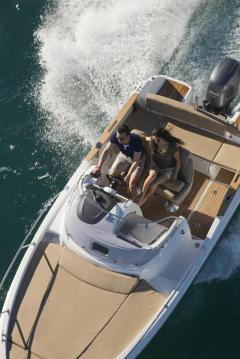 Location yacht à Gassin - Jeanneau Cap Camarat 6.5 WA Serie 2 sur SamBoat