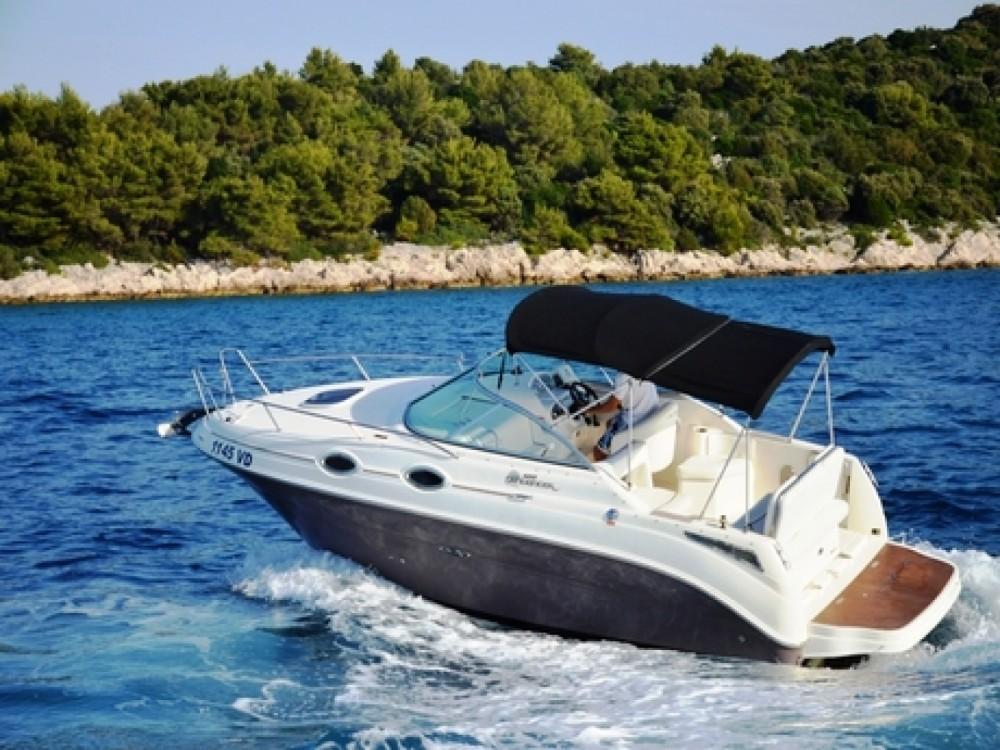 location bateau  u00e0 moteur sea ray sea ray 255 sundancer zaz